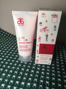 gluten-free gift guide_lotion