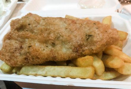 gluten free fish and chips from cookes of dublin disney springs