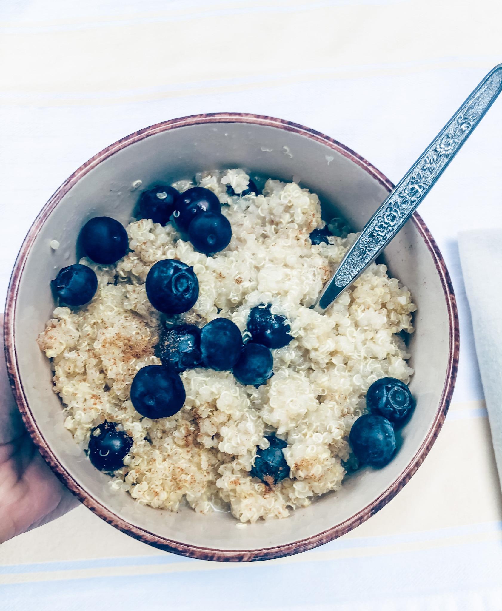 blueberry breakfast quinoa